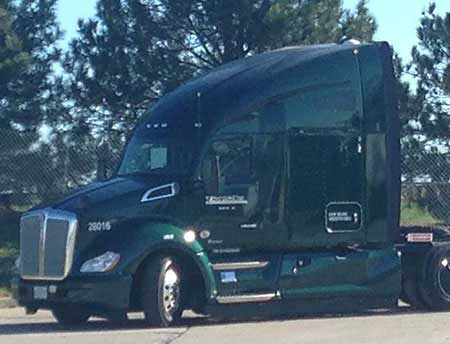 Green TransAm Kenworth T680